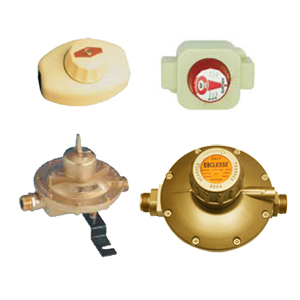 Low pressure, fixed ps LPG reducers with safety device